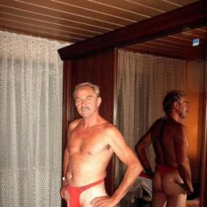 parkplatz gay poppen in der sauna